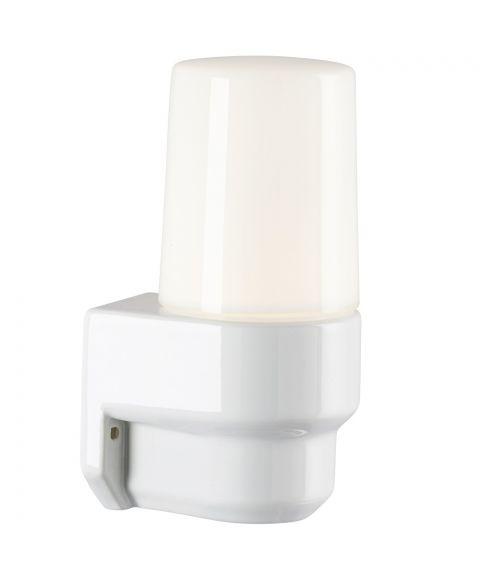 Classic lampett vegglampe IP55, Blankt opalhvitt glass/Hvit