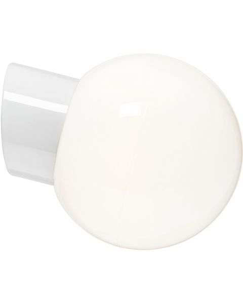 Classic Glob 180 vegglampe IP54 E27, Blankt opalhvitt glass