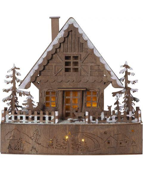 Trier lazercut hus brun batteri (2xAA), bredde 30 cm
