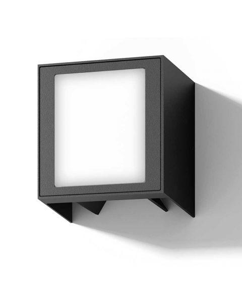 Una IP54 vegglampe med justerbare lysåpninger, LED 375lm 2700K